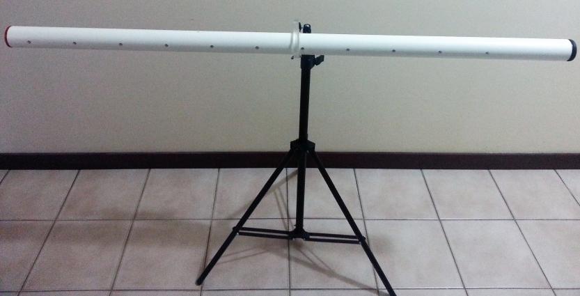 horizontal pole